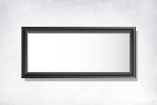 Marco negro en blanco en la pared
