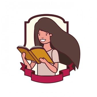 Marco con niña estudiante y libro de lectura.