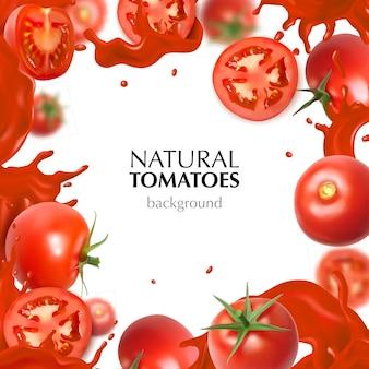 Marco realista con tomates naturales enteros y en rodajas y salpicaduras de jugo sobre fondo blanco.