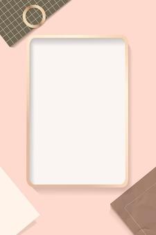 Marco rectangular sobre un fondo de papel