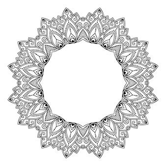 Marco de tradición oriental. estilizado con patrón decorativo de tatuajes de henna para decorar portadas de libro, cuaderno, ataúd, revista, postal y carpeta. mandala de flores en estilo mehndi.