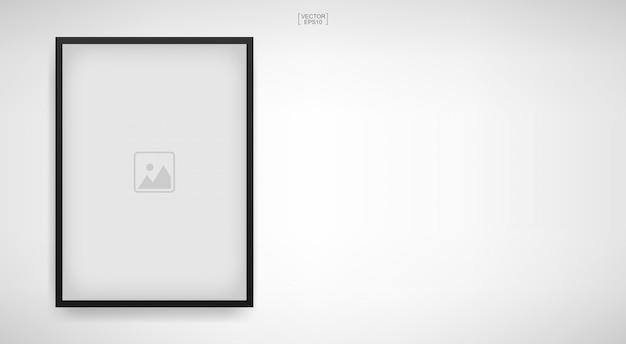 Marco vacío de la foto o marco en el fondo blanco.