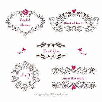 Marcos de boda florales con detalles de color