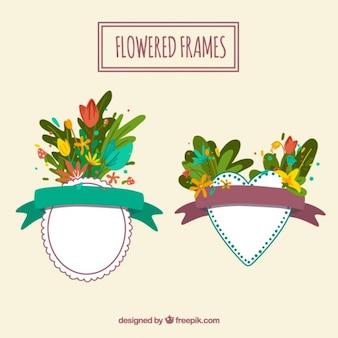 Marcos con flores con formas ovaladas y del corazón