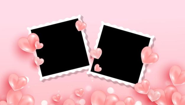 Marcos de fotos negros vacíos con forma de corazones dulces