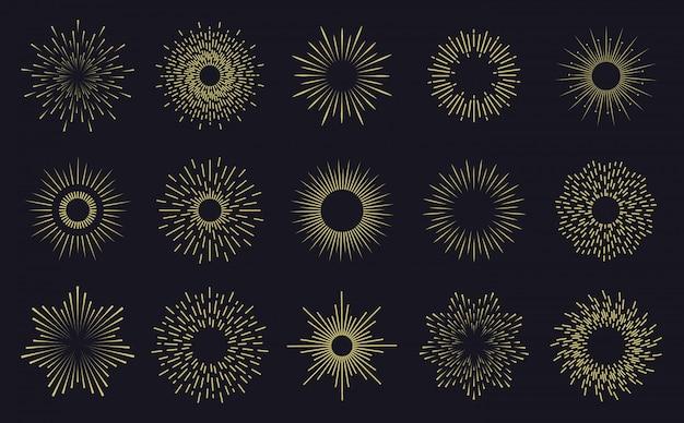 Marcos vintage sunburst. líneas radiantes de rayos de sol, insignias de rayos de sol dibujadas a mano, fuegos artificiales provocan rayos. conjunto de iconos de explosión de estrella radiante. ilustración de sol radiante de insignia dibujada a mano