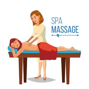Masajista dando masaje a una mujer