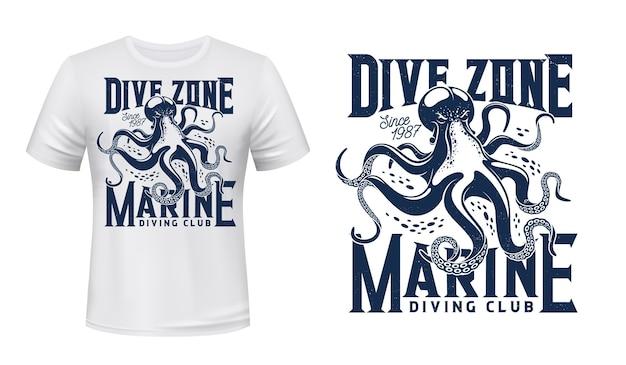Mascota de moluscos oceánicos y tipografía grunge azul sobre fondo de ropa blanca