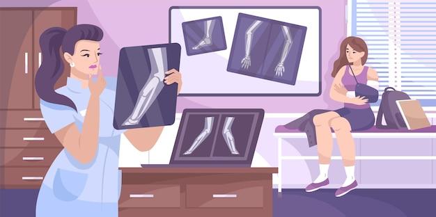 El médico de la composición de la fractura de rayos x examina una radiografía de su paciente con un brazo magullado