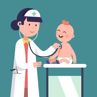 Médico pediatra mujer examinando bebé