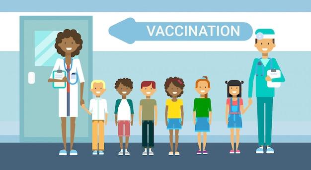 Médico vacunación de niños prevención de enfermedades inmunización médico cuidado de la salud servicio de hospital medicina banner