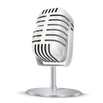 Micrófono de estudio de plata vintage.