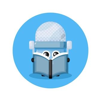 Micrófono leyendo un libro lindo personaje logo