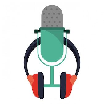 Micrófono de música vintage y auriculares.