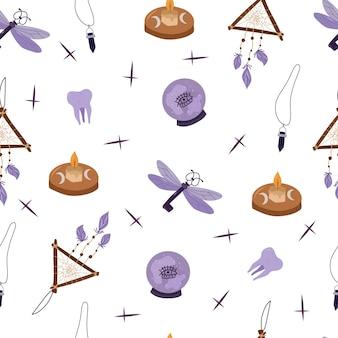 Mistyc de patrones sin fisuras con elementos de diseño de brujería: bola de cristal, vela, llave, atrapasueños. ilustración de dibujado a mano de vector.