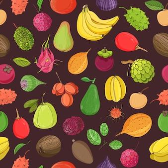 Modelo inconsútil natural con las frutas tropicales exóticas jugosas maduras frescas sabrosas enteras en fondo oscuro. dibujado a mano ilustración realista para impresión textil, papel de regalo, telón de fondo, fondo de pantalla.