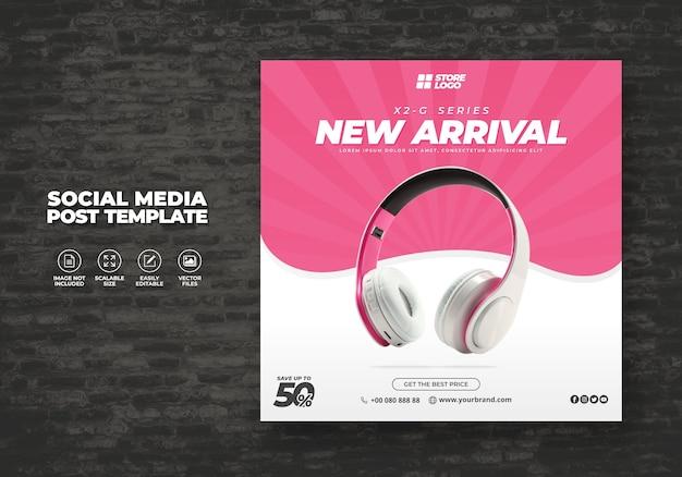 Moderno y elegante auriculares de color rosa producto de marca para banner de plantilla de redes sociales