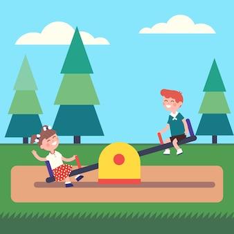 Muchacho y muchacha que los cabritos que balancean en el balancín en el parque