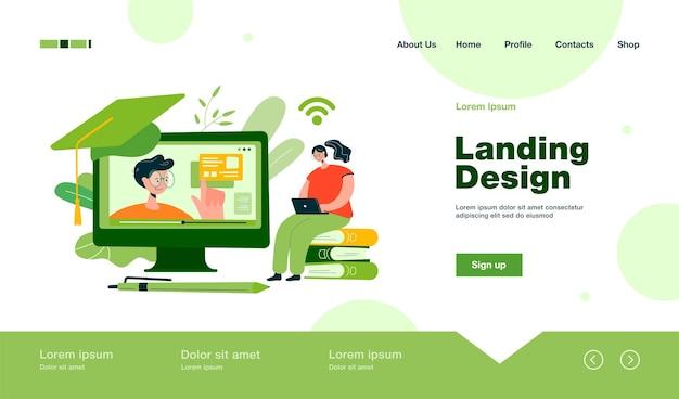 Mujer alegre que estudia en internet, ve el seminario web en la computadora, toma la página de inicio del curso en línea en estilo plano