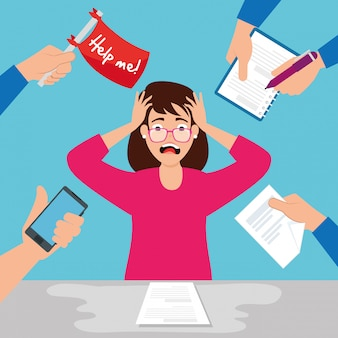 Mujer con ataque de estrés en el lugar de trabajo con sobrecarga de trabajo