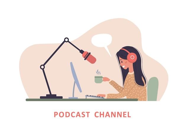Mujer en auriculares en la mesa de grabación de transmisión de audio