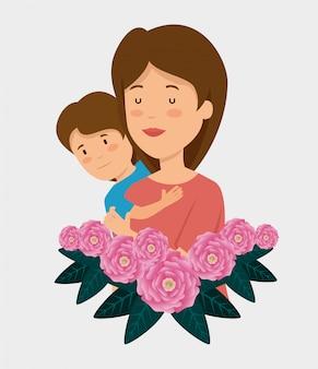 Mujer de belleza con su hijo y rosas con hojas
