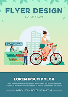 Mujer en bicicleta y comprando verduras frescas. estilo de vida, bicicleta, mercado de ilustración vectorial plana. concepto de actividad y comida sana