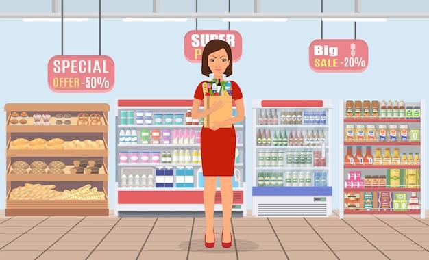 Mujer, compras, en, supermercado