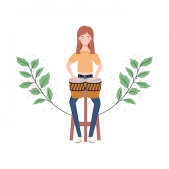 Mujer con congas y ramas y hojas