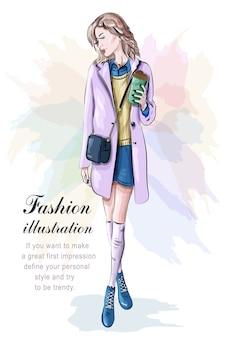Mujer elegante en ropa de moda con bolsa