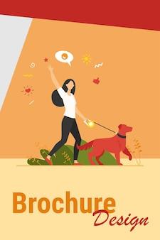 Mujer feliz sin rostro caminando con perro en el parque aislado ilustración vectorial plana. chica con mascota con correa paseando por la naturaleza y saludando. concepto de animal, estilo de vida y actividad diaria.