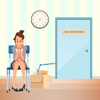 Mujer insegura, espera entrevista de trabajo en el corredor
