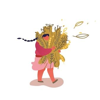 Mujer joven feliz llevar enorme manojo de hierbas medicinales o comestibles aislado sobre fondo blanco.