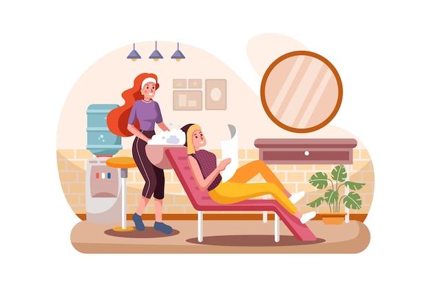 Mujer joven feliz con peluquería lavándose la cabeza en la peluquería