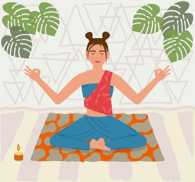Mujer joven sentada en postura de yoga en la estera y hacer meditación en casa. niña sonriendo cerrando los ojos. ilustración vectorial