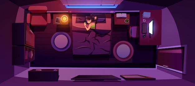 Mujer joven, sueño, cama, por la noche, habitación, vista superior