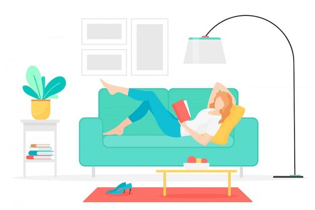 Mujer leyendo libro ilustración vectorial plana. jovencita tumbada en el sofá con interesante personaje de dibujos animados novela. estudiante femenino en casa. pasatiempo literario, actividad intelectual de ocio.
