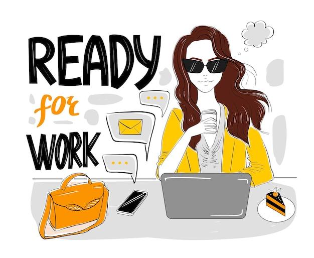 Mujer lista para trabajar con café y portátil