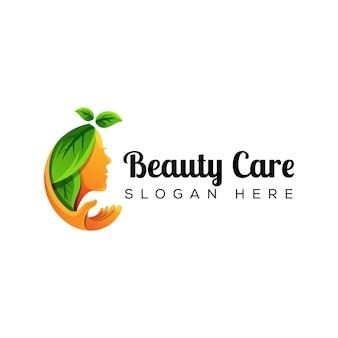 Mujer natural cuidado de la belleza con logo de mano