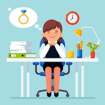 Mujer de negocios se relaja y sueña con anillo, compromiso, matrimonio lugar de trabajo con computadora portátil, lámpara