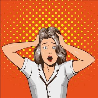 Mujer en pánico. chica estresada en estado de shock agarra su cabeza con las manos