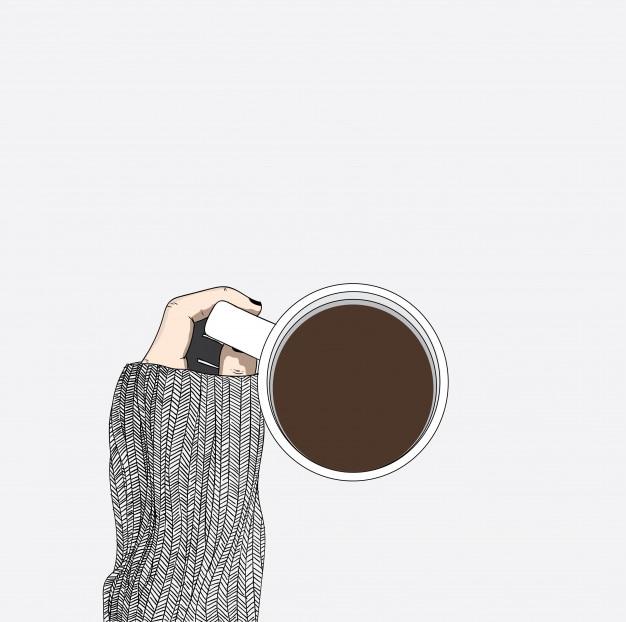 La mujer que lleva un suéter está bebiendo el café