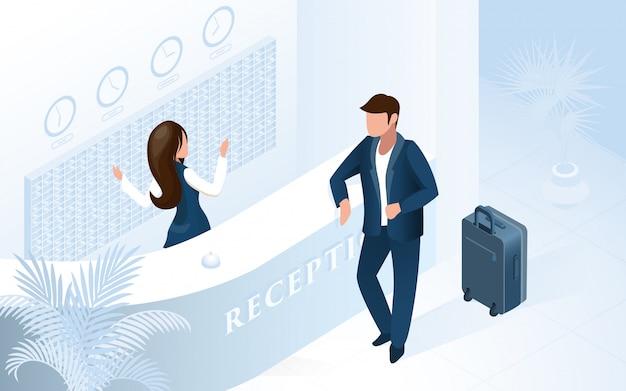 Mujer recepcionista en counter welcome man en el hotel