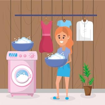 Mujer en ropa