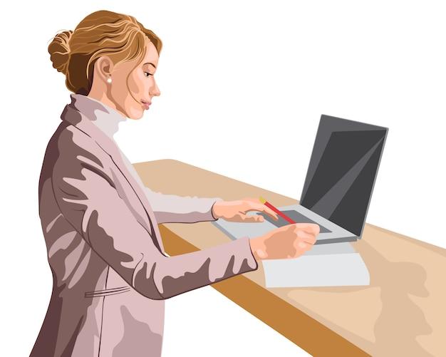 Mujer rubia vestida con chaqueta rosa y suéter trabajando en su computadora portátil