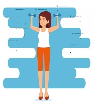 Mujer sana con pesas para ejercitar el equilibrio
