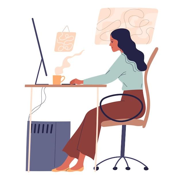 Mujer sentada a la mesa y trabajando en línea en la computadora.