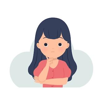 Una mujer sosteniendo su barbilla mientras piensa en una solución. resolución de problemas, confusión, idea, contemplación. en blanco