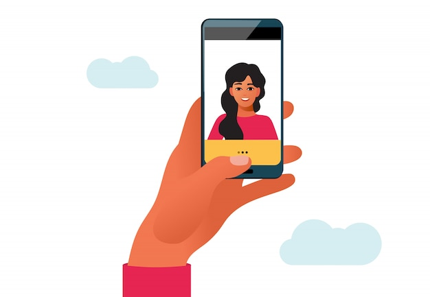Mujer tomando foto selfie en smartphone. ilustración del personaje femenino en aislado