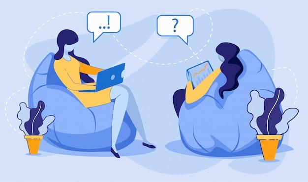 Las mujeres empresarias o estudiantes se sientan en sillas de bolsa